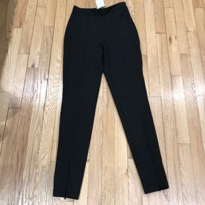 H&M Black skinny leg, zippers at ankle US 4 NWT